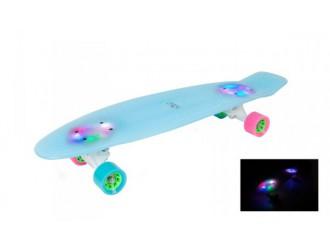 12144 Skateboard Retro Iceglow 27