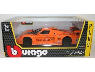 18-21078  Masina model MASERATI MC12 (portocaliu, 1:24)