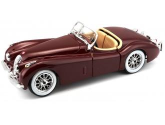 18-22018  Masina model JAGUAR XK 120 (1951) (visiniu, argint, 1:24)