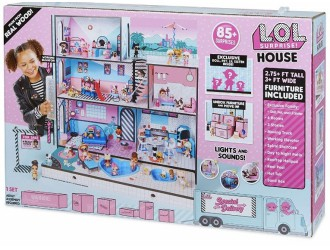 555001 Mega Set L.O.L CASUTA (in set o familie exclusiva L.O.L.+accesorii)