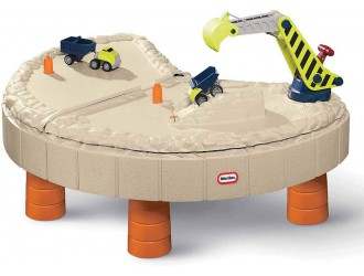 401N10060  Masuta de joaca cu utilaje Little Tikes pentru nisip si apa cu umbreluta 136 х 113 х 55cm