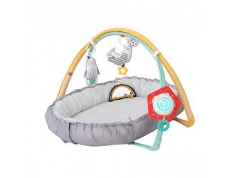 12235 Set muzical pentru bebelusi 4 in 1 covoras cu accesorii Cuibusor confortabil Taf Toys