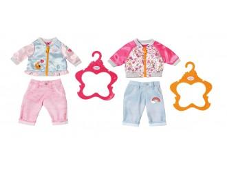 824542  Set de haine pentru o papusa BABY BORN - SPORT CASUAL (2 asortate)