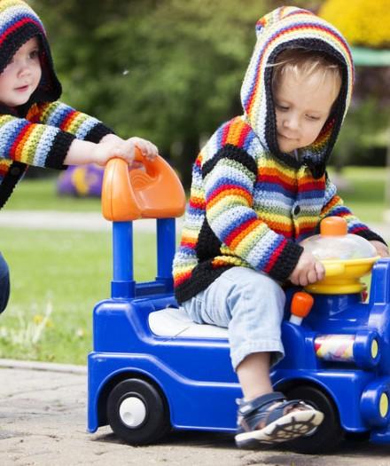 Top 10 jucării importante pe care ar trebui să le aibă orice copil
