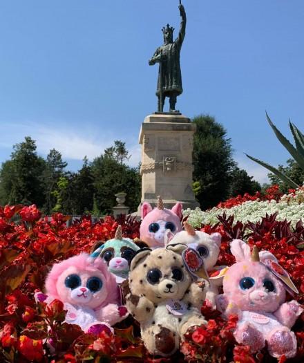 Jucăriile de pluș aromate Animotsu de la Keel Toys și-au dat întâlnire la momentul lui Ștefan cel Mare și Sfânt