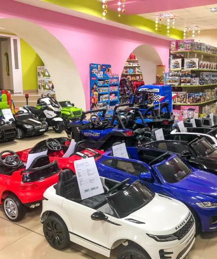 Mașinuța electrică - un cadou memorabil pentru copilul tău