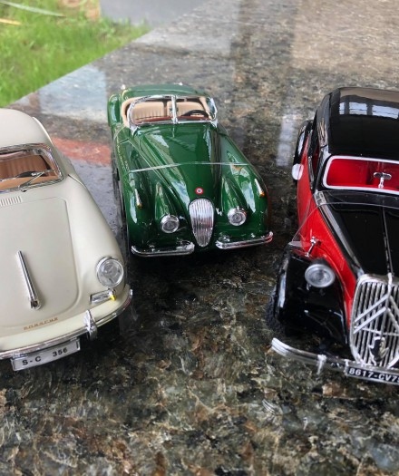 Mașinuțe Retro de colecție de la Bburago